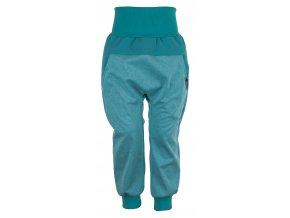 Zimní softshellové kalhoty Baby color tyrkys. Kojenecké a dětské softshellové kalhoty.Kojenecké a dětské oblečení. Kvalitní české oblečení. Tyrkysové kalhoty. Kalhoty pro kluky. Bavlněný náplet v pase.