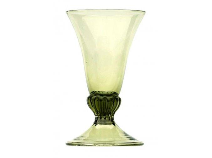 zelená sklenice ze 16. století