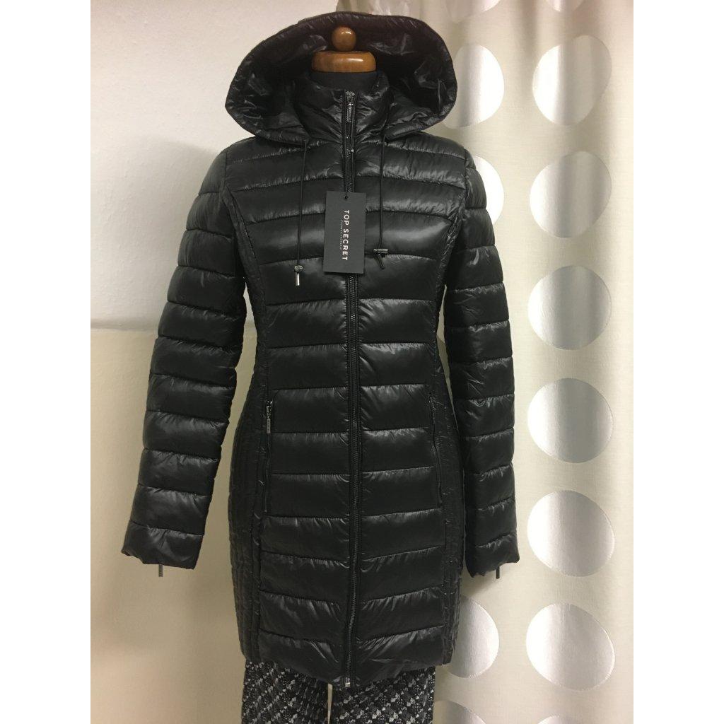 Kabát prošívaný černý, zelený