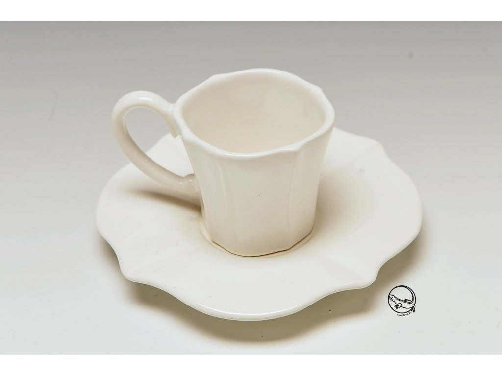Hrnek káva EVORA