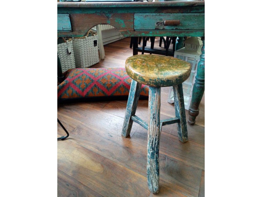 Dřevěná stolička kulatá ANTIK