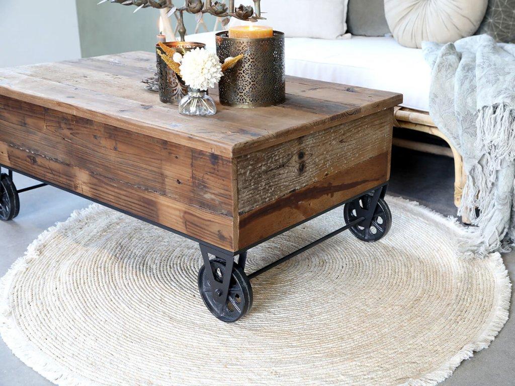 Antik stůl na podvozku