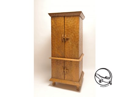 Dřevěná skříň LOMBOK