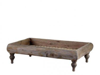 Dřevěný tác na stolování