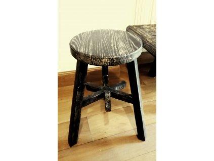 Dřevěná stolička černá kulatá