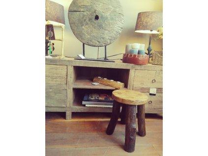 Dřevěná stolička DUB