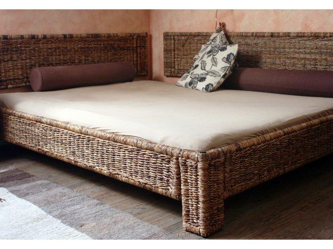 postel 160x200 kov BANÁN
