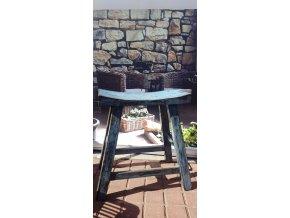 Stolička modrá sedlo 001