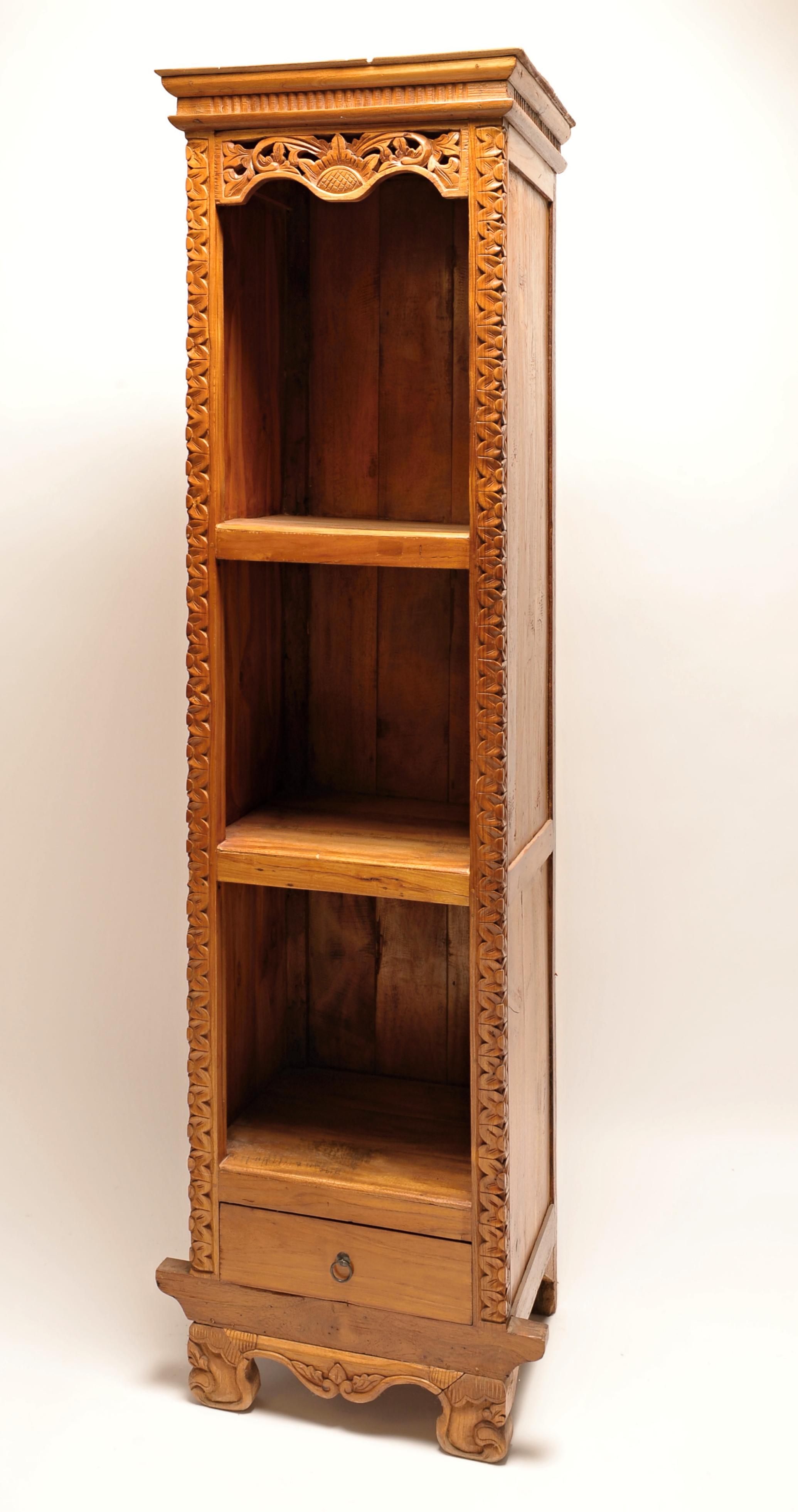 Dřevěná knihovna 4001 - vysoká