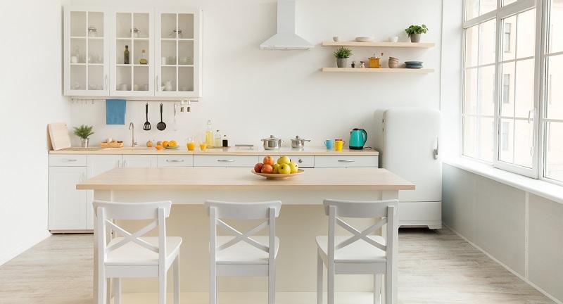 Moderní interiéry jsou plné světlých barev. Proč jsou jemné tóny oblíbené?