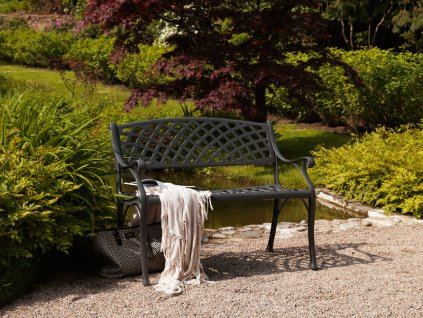 zahradna lavicka arras 1311