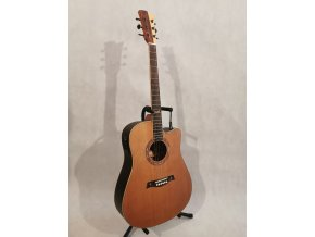 GILMOUR Robust CEQ-NT CUT (ANTIQUE EQ) westernová kytara polomasiv cedr + palisandr