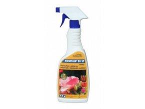 Ochrana proti škůdcům ve formě prášku v rozprašovači, Mospilan od Agro CS.