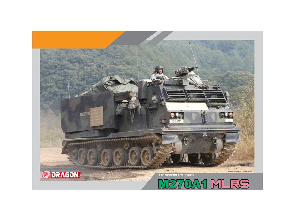 2117 model kit military dragon 3557 m270a1 multiple launch rocket system 1 35