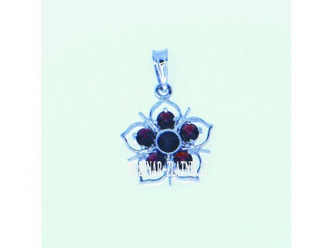 140766450016470766  Přívěšek květ s Českým granátem