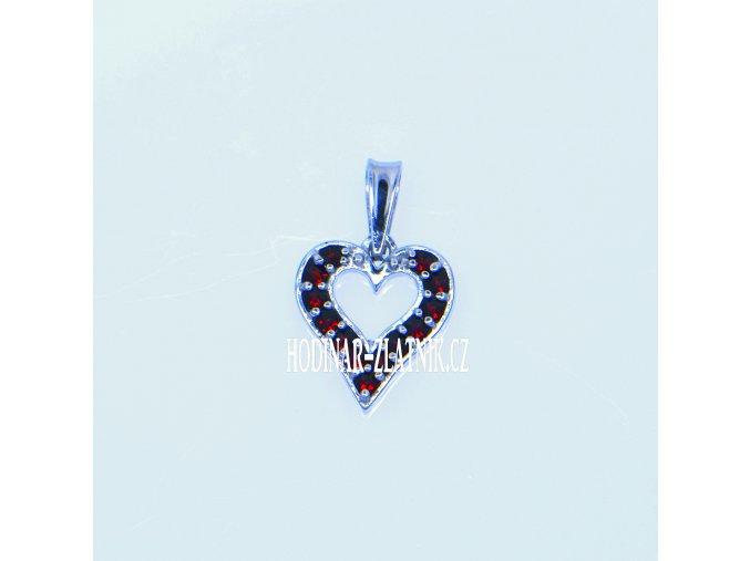 1406314500164706  Přívěšek srdce s Českým granátem