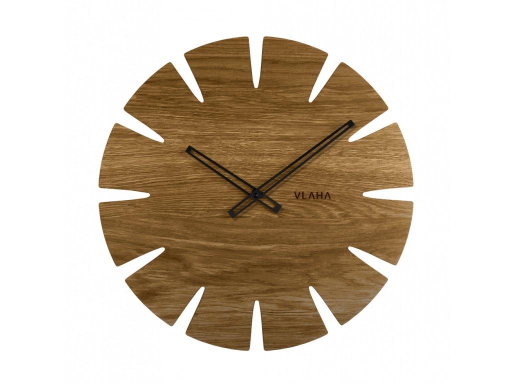 Velké dubové hodiny VLAHA ORIGINAL vyrobené v Čechách s černými ručkami