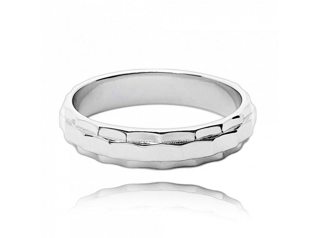 Broušený snubní stříbrný prsten MINET vel. 51