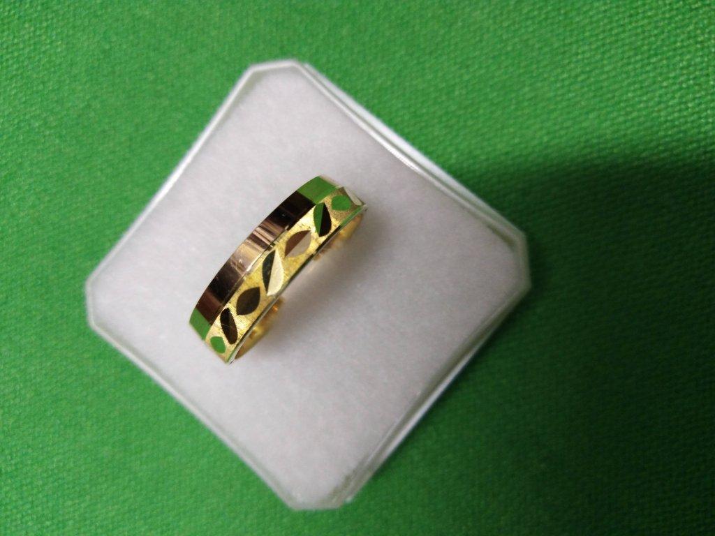 Snubní prsten 585/1000   3,25 g