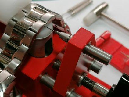 Zkrácení kovového tahu