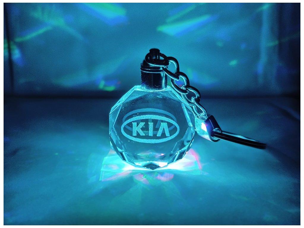 Kľúčenka s logom auta KIA