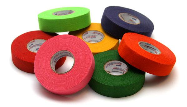 Nové hokejové pásky naskladněny