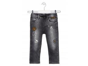 Chlapecké pohodlné džíny s potiskem a aplikacemi