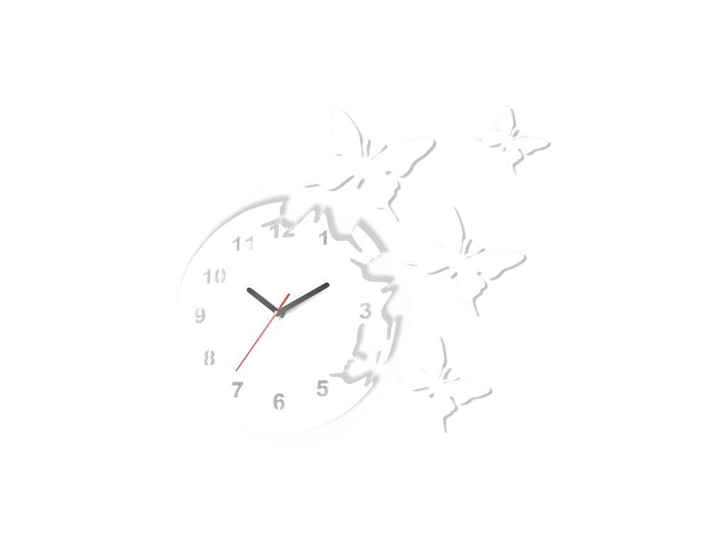 Bílé hodiny motýlci