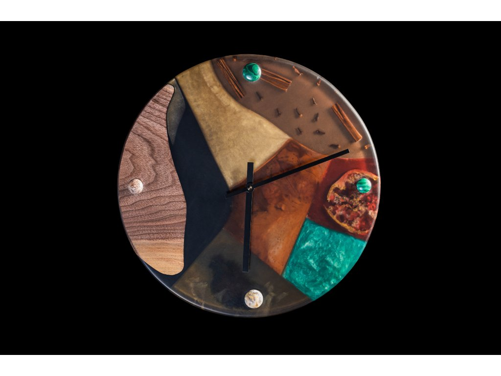 Nástěnné hodiny ze dřeva a epoxidu průměr 36 cm