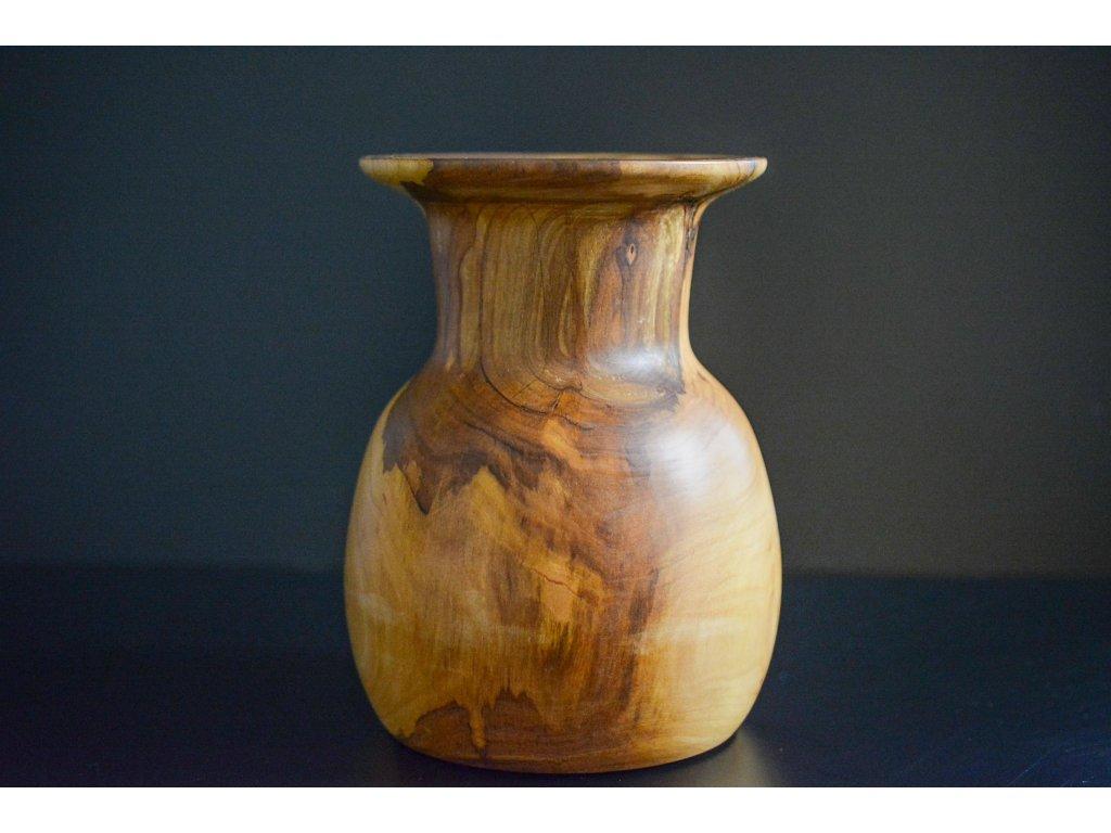 Váza z ořechu