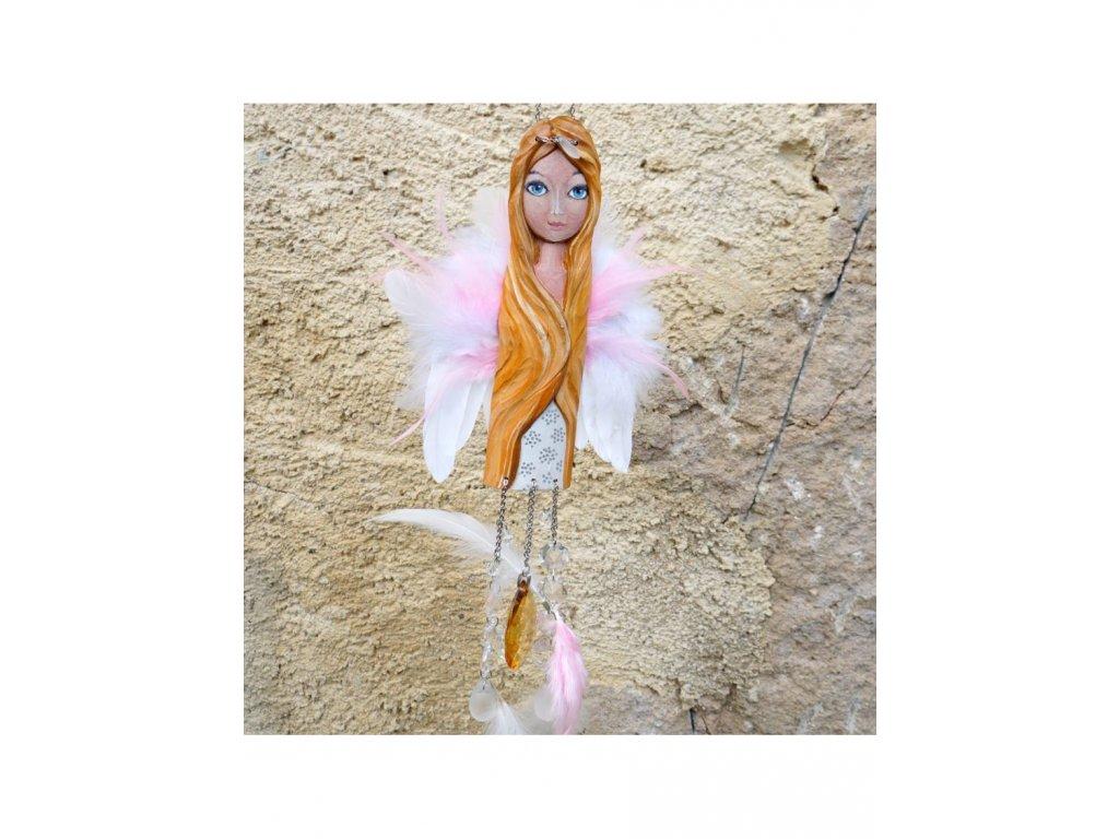 Andělka  vyřezávaná