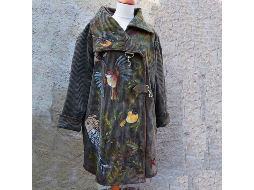 Originální kabát pro originální ženu