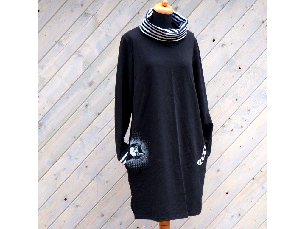 Úpletové šaty s kočkou a rolákem 48