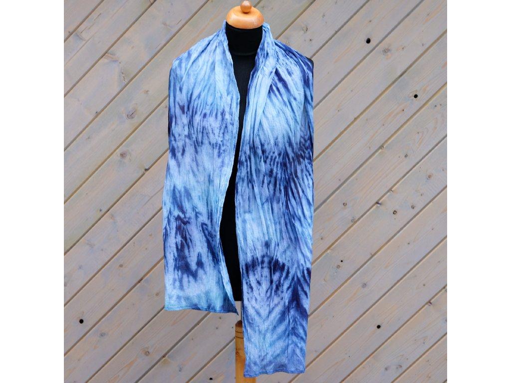 Ručně barvený šátek