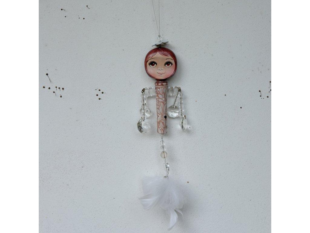 Malá andělka malovaná