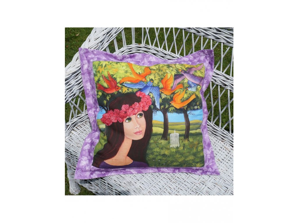Růženka a ptáci - polštář 50 x 50 cm bavlna