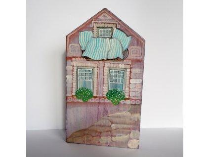 Domeček  s peřinami