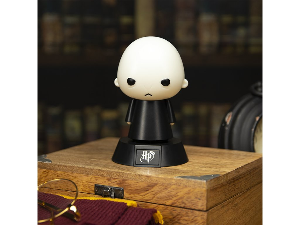 PP5023HP Harry Potter Voldemort Icon Light Lifestyle 800x800