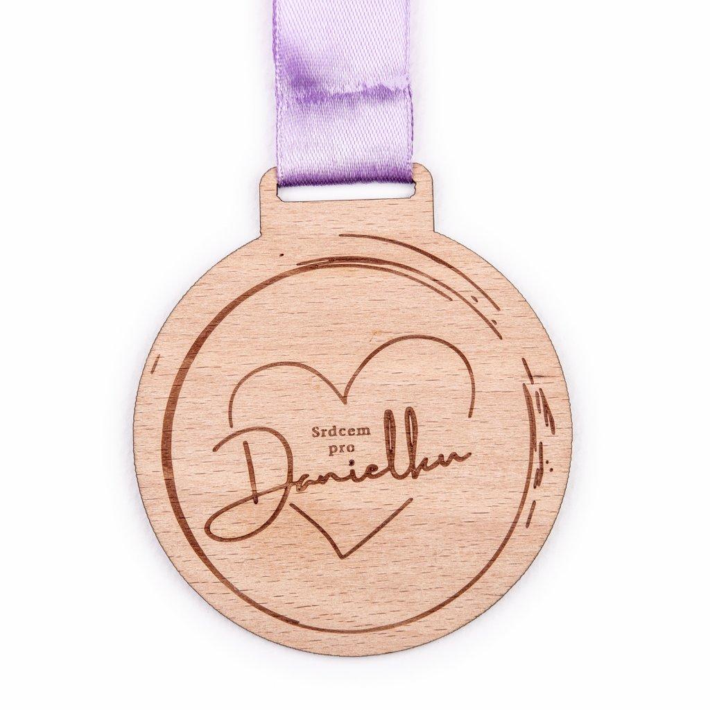 Dřevěná medaile na míru