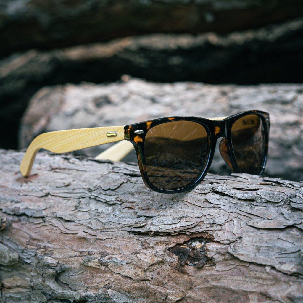 Sluneční brýle s vlastním textem - čajové s texturou