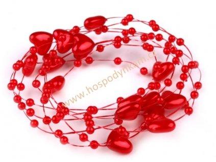 Srdíčka na vlasci červená