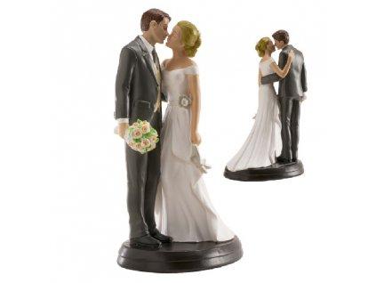 Figurka na dort něvěsta a ženich v objetí s polibkem