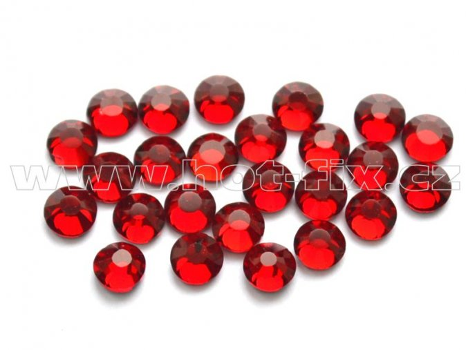 celobroušené hot-fix kameny Premium barva 102 Siam tmavý, velikost SS10, balení 144ks, 720ks nebo 1440ks