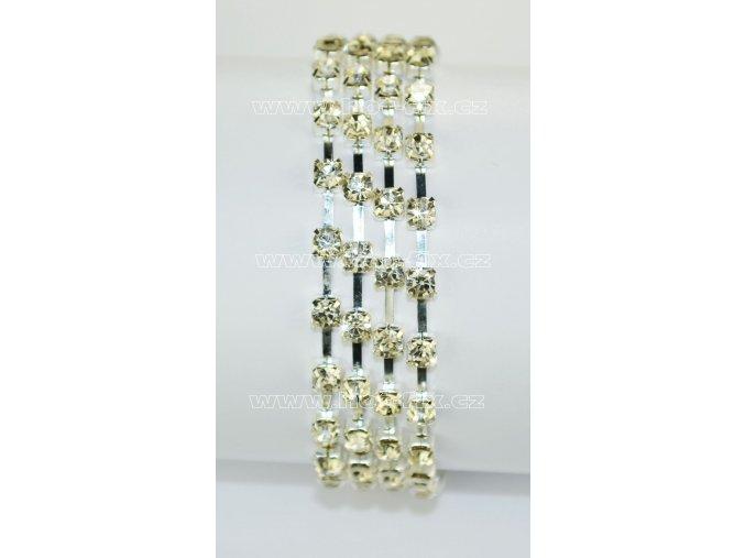 našívací kamínkový řetěz kovový stříbrný, typ B velikost kamenů SS16, barva kamenů 101 Crystal stříbrná