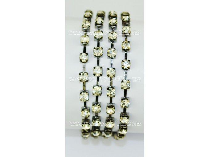 našívací kamínkový řetěz kovový šedý, typ B velikost kamenů SS16, barva kamenů 101 Crystal stříbrná