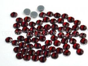 sada skleněných hot-fix kamenů 102 Siam tmavý /tmavě červená 4x144ks