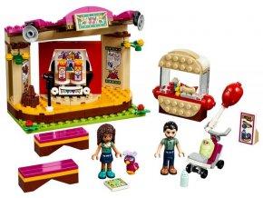 Lego Andrea a její vystoupení v parku