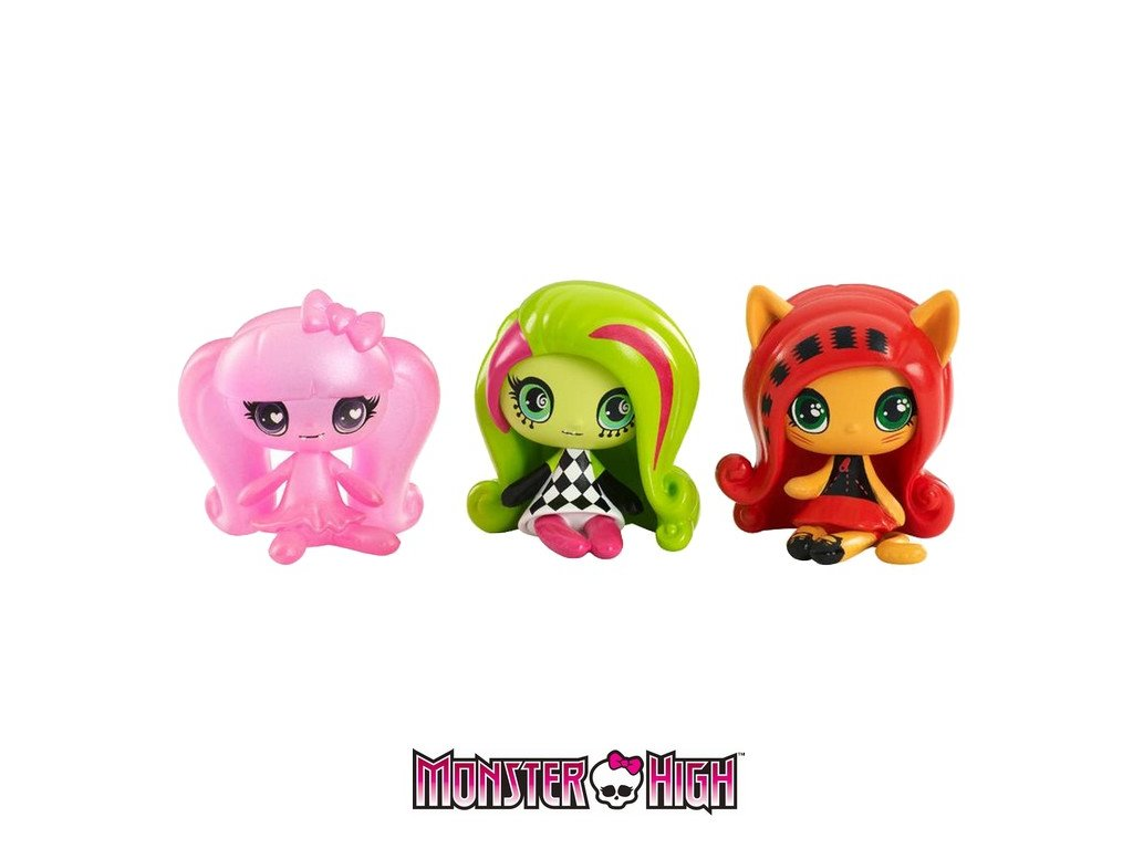 Mattel Monster High Minis - Ghostly Draculaura, Circus Ghouls Venus McFlytrap