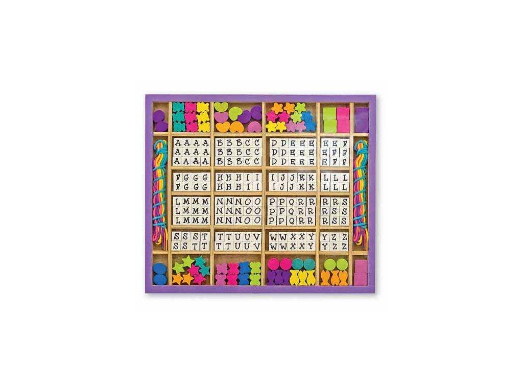 Dřevěné navlékací korálky abeceda