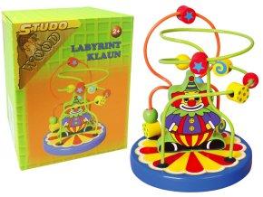 Dřevěný labyrint klaun